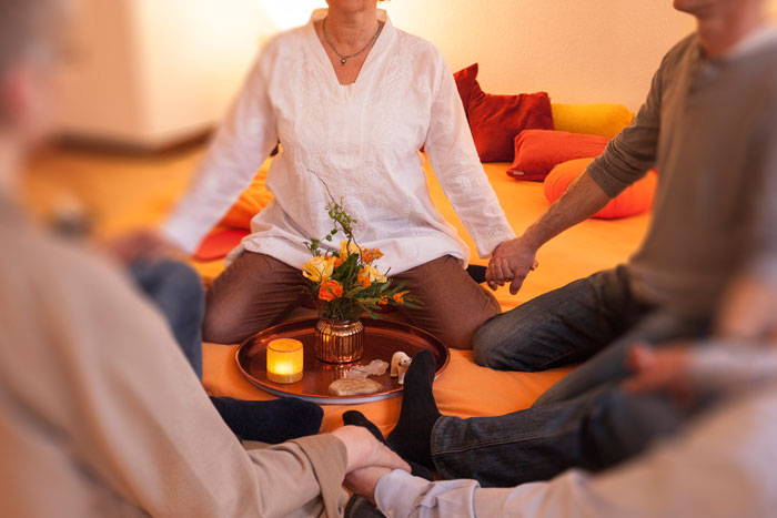 Therapeutisch geleitete Nachsorgegruppe - Susanne Dicken
